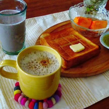 豆乳ラテの朝食