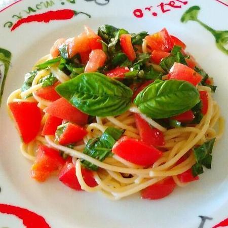 トマト&バジルの冷製パスタ