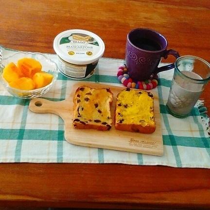 マスカルポーネ朝食