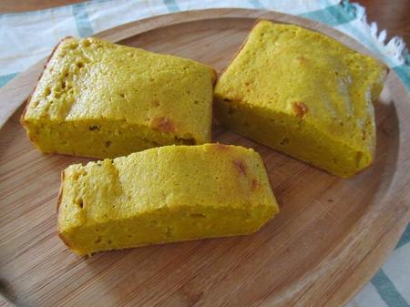 にんじんとオリーブオイルのパウンドケーキ