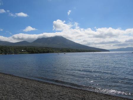 晴天の支笏湖